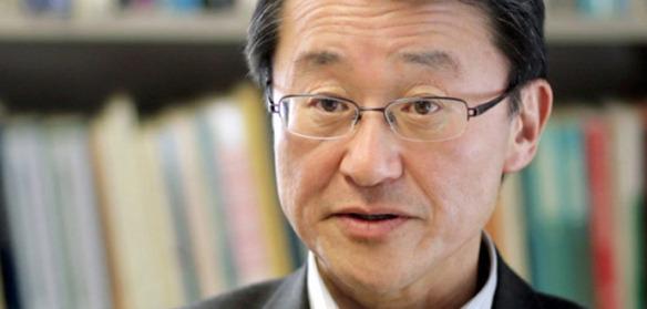 Portrait photo of Prof. Miyagawa.