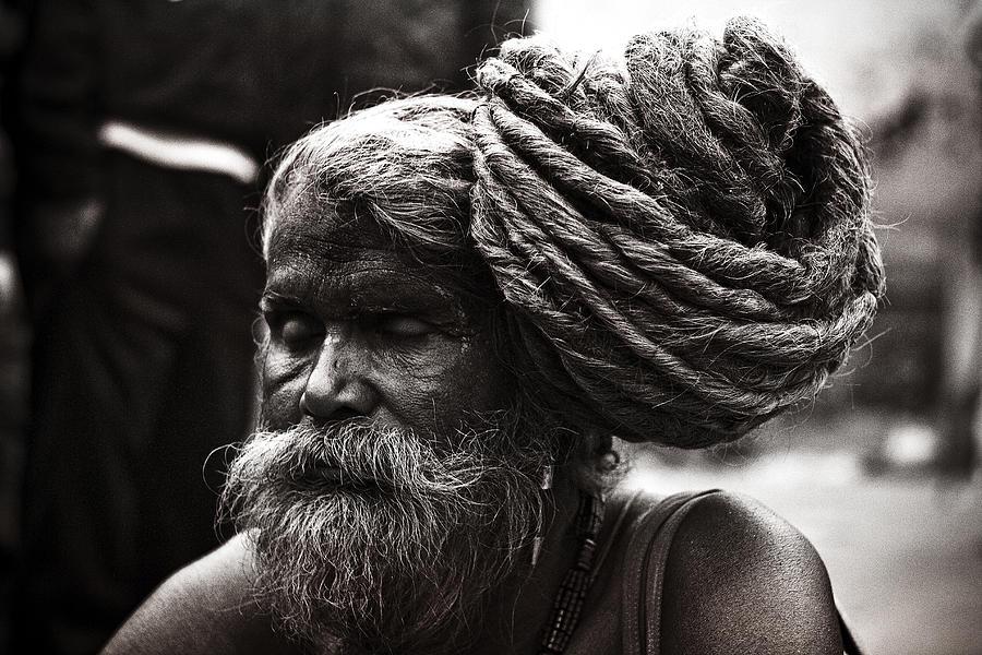 black-and-white-old-man-pashupati-nepali-culture-long-hair-shivaratri-pashupatinath-shahnawaz-mohammad