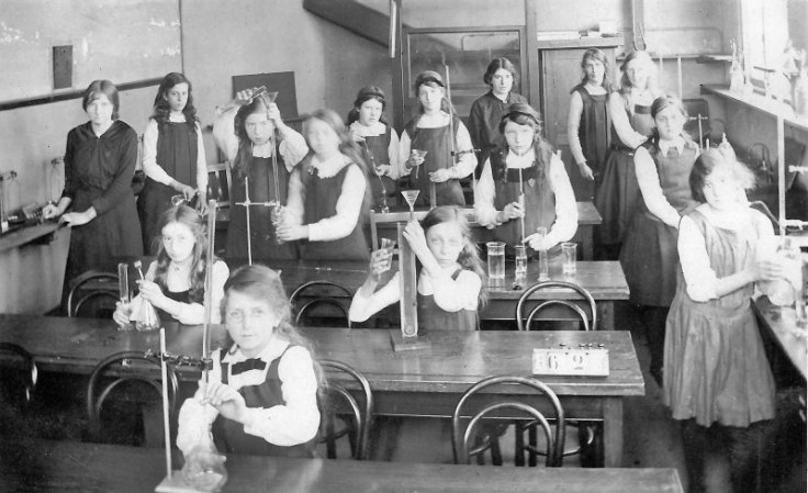 ehs-elymus-18-science-class-1920s