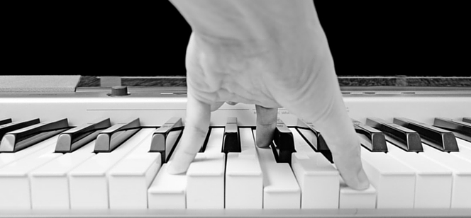 Piano-chords-for-beginners